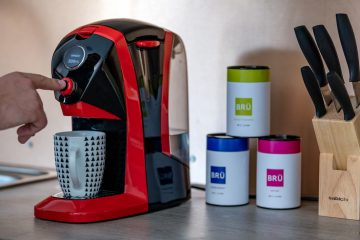 BRÜ tea making machine
